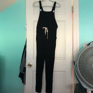 Boohoo black comfy overalls